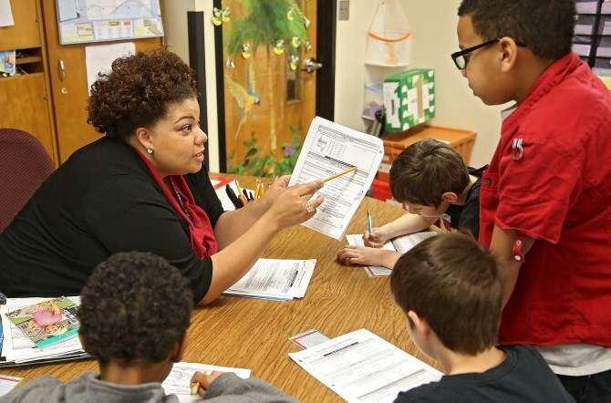 Color barrier dividing Iowa's public school teachers, students