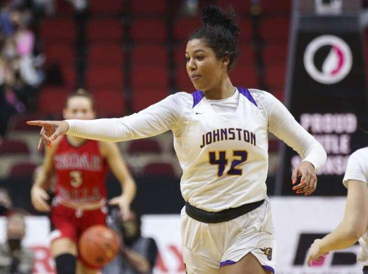 Girls' state basketball notes: Jada Gyamfi has room to roam, and takes advantage