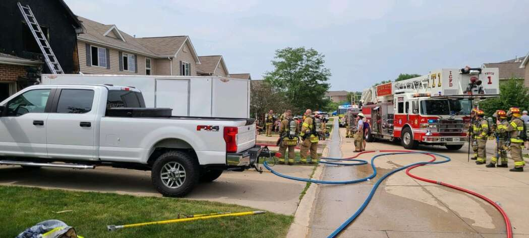 Residents safely escape North Liberty fire
