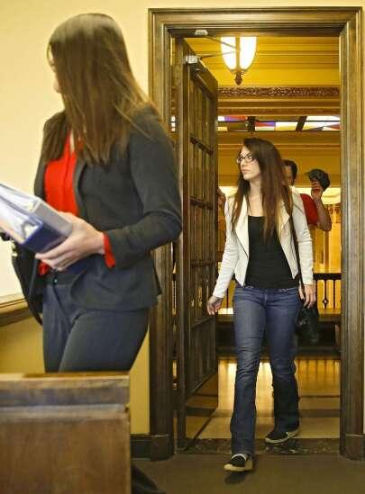 Judge affirms felony sex exploitation charge against former substitute teacher