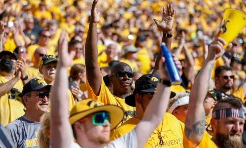 Iowa still 5th, Iowa State 14th in AP Top 25