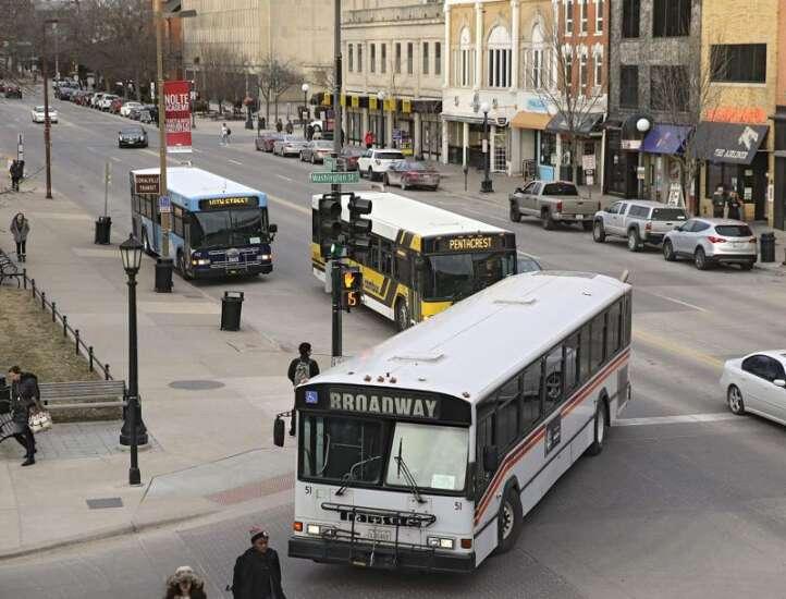 Iowa cities ponder the future of their public transit