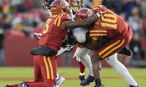 Iowa State football's defensive growth leads to Big 12 contention