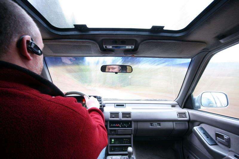How to create a distracted driving policy for your company