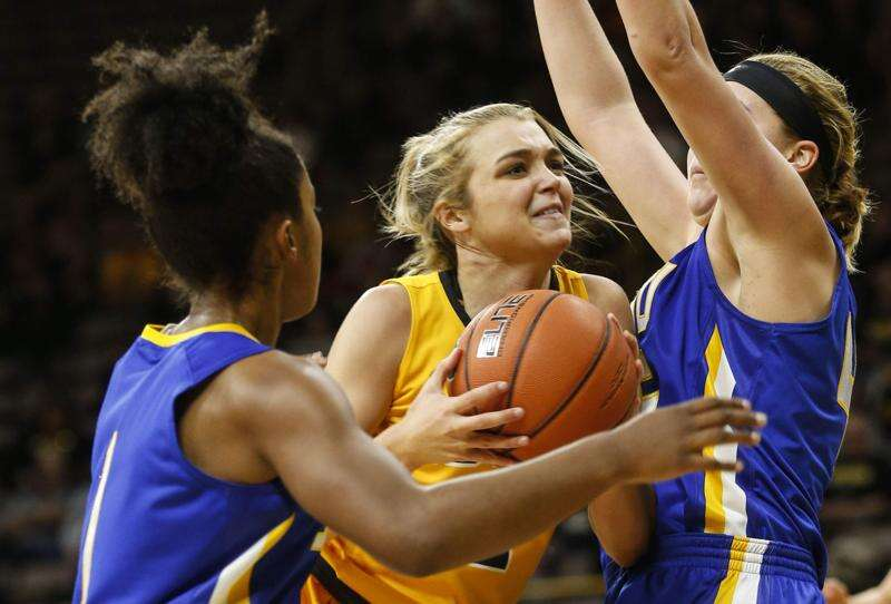 South Dakota State hands Hawkeyes their first loss