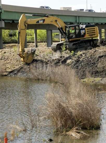 Alliant begins work in Cedar Rapids to cap old coal ash ponds