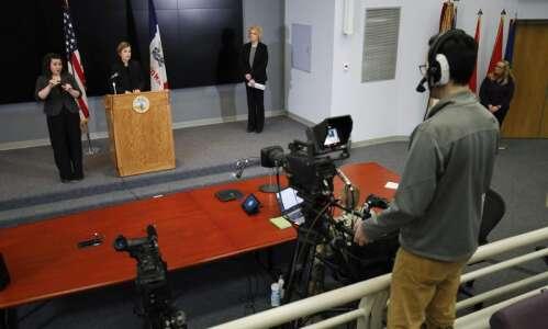 WATCH: Iowa Gov. Kim Reynolds' coronavirus news conference Wednesday, March…