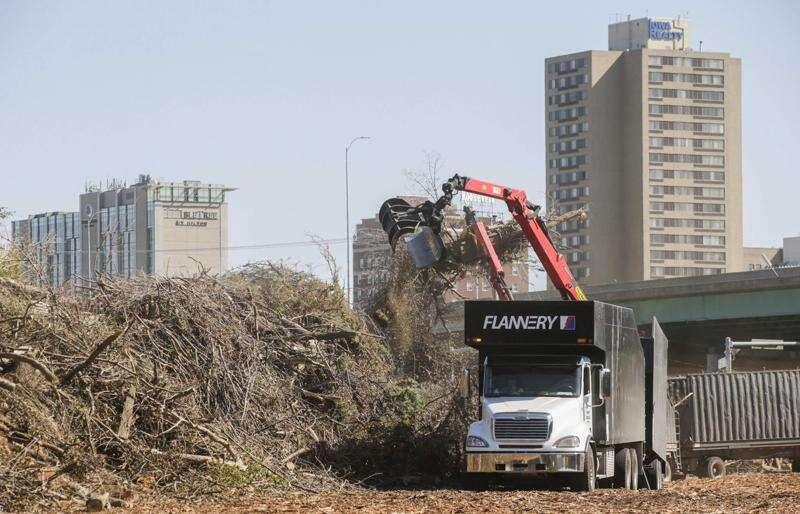 Derecho help still available for Cedar Rapids area residents