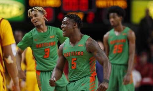 Iowa State men's basketball falls in major upset to Florida…