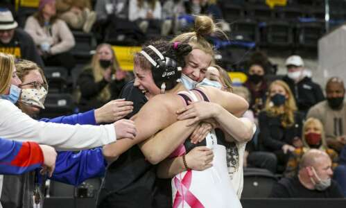 Iowa Wrestling Weekend That Was: Girls' state tournament keeps getting…