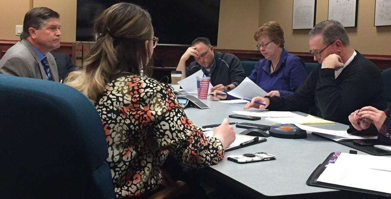 State hearing set for Linn County auditor's complaint