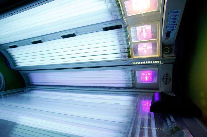 Iowa Senate approves ban on minors using tanning beds