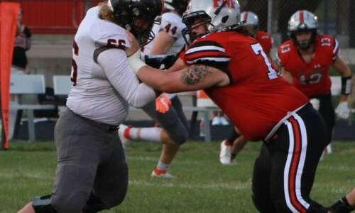 Fairfield falls to Solon football team