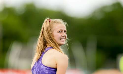 Kelly Proesch makes North Cedar history at state track