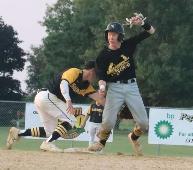 New London baseball 1 win away from state