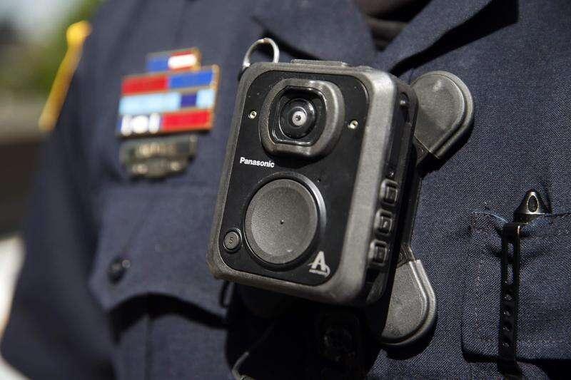 Cedar Rapids police body camera program gears up