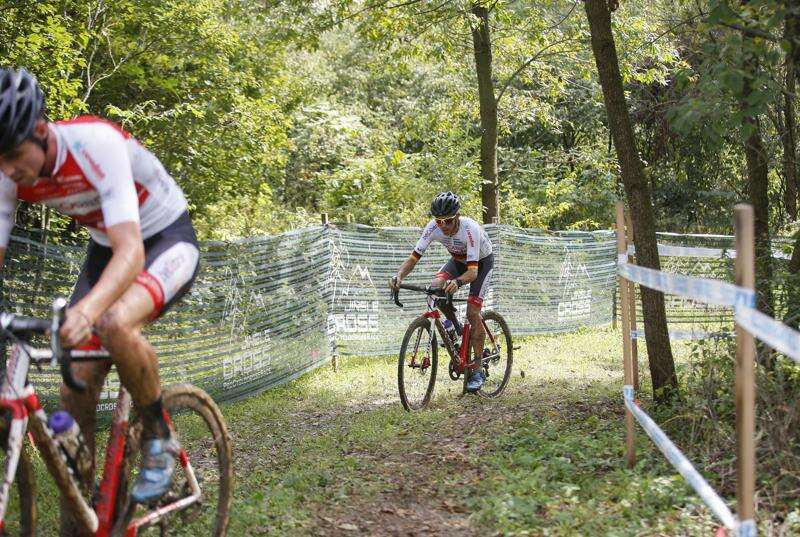 Muddy course marks first day of Jingle Cross competition