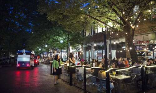 Iowa City Downtown District looking for new nighttime mayor