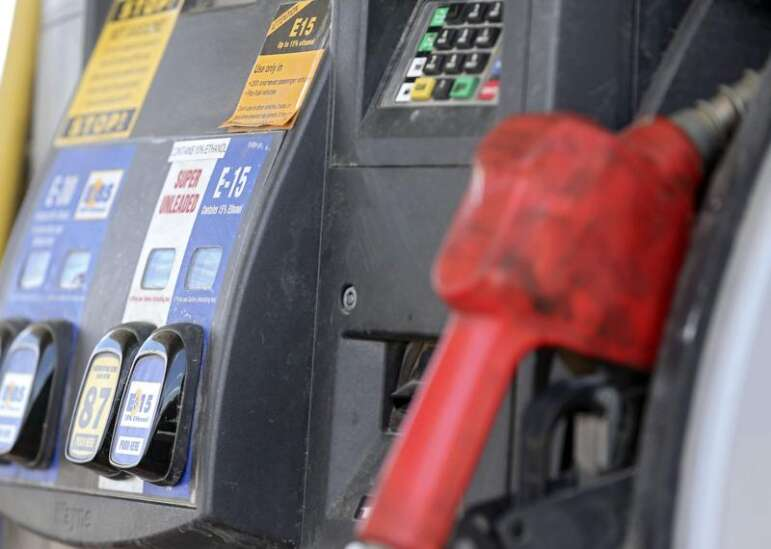Year-round E15 sales could spark major growth at Iowa gas stations