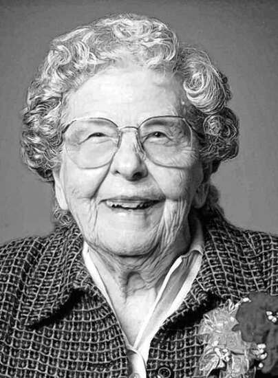 Helen Lauer