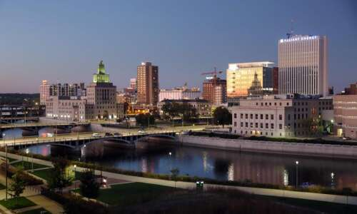 Cedar Rapids maintains second-highest bond rating from Moody's