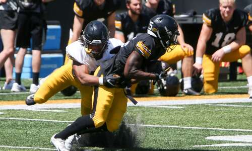 50 pounds later, Jestin Jacobs looks to contribute for Iowa