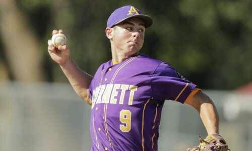 Iowa high school baseball rankings: Hot stretch boosts Alburnett to…