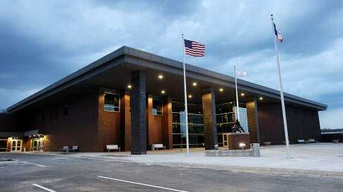 Linn County schools won't be requiring masks despite public health 'loophole'