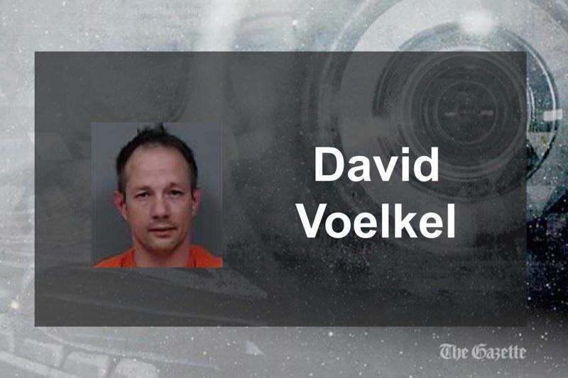 Cedar Rapids man leads police on high-speed chase in stolen vehicle