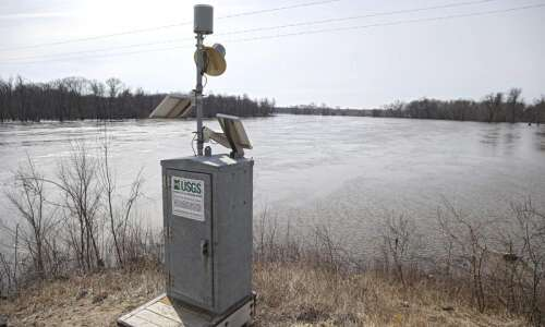 Rising river helps Palo test its new forecasting system