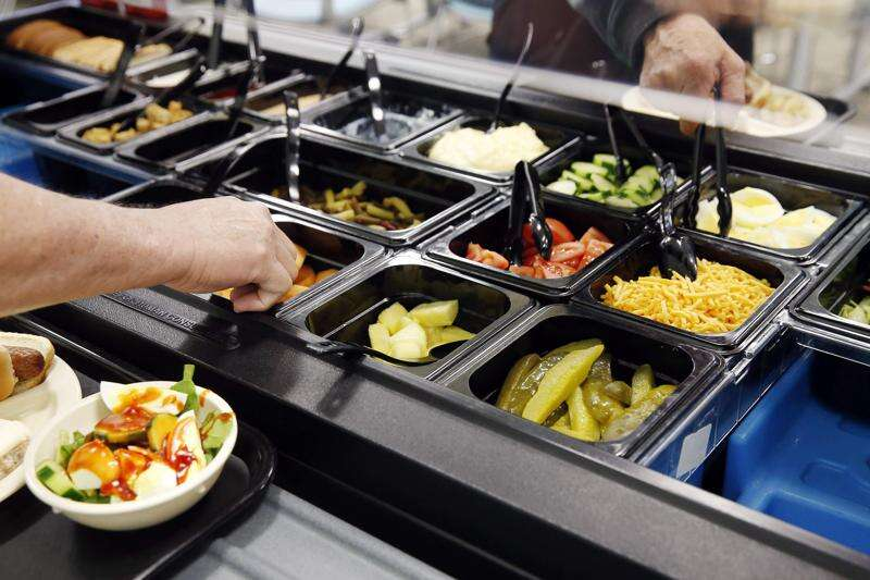 Have a healthy meal and make new friends at Horizons' Lunch Club in Cedar Rapids every weekday