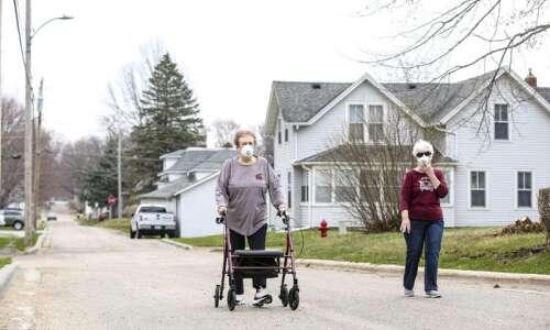 Coronavirus in Iowa, live updates for April 8: