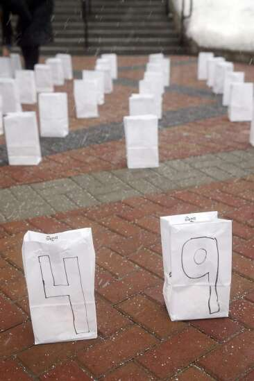 Coralville honors lives lost to COVID-19