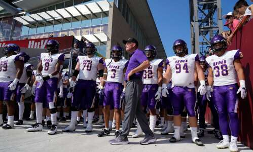 UNI 44, St. Thomas 3: Panthers overwhelm FCS newcomers