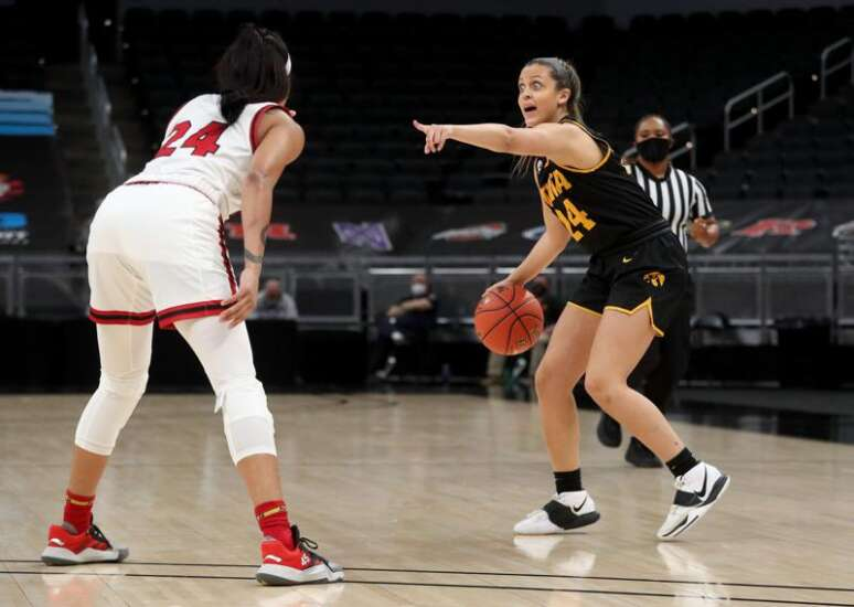 This time, it's Gabbie Marshall's turn to shine as Iowa beats Rutgers in Big Ten tournament