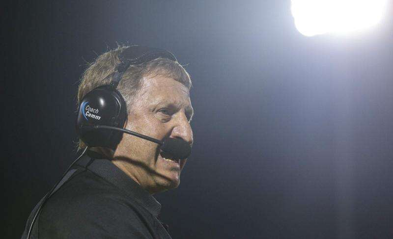 Iowa high school football rewind: Prairie coach Mark Bliss savors 200th career win, and more from Week 2