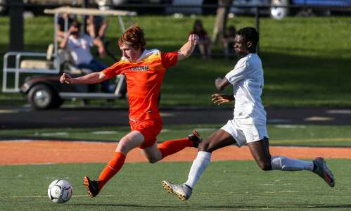 Boys' soccer substate roundup: Final scores, state brackets and more