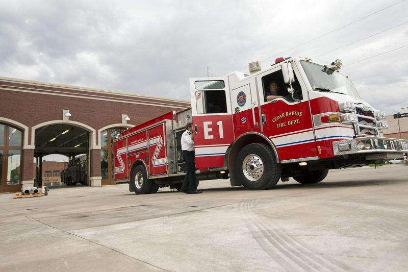Alleged explosion, fire destroys Cedar Rapids garage