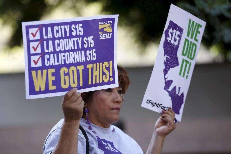 $15 minimum wage studies predict bleak future for California, Seattle