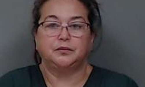Cedar Rapids woman charged with insurance fraud