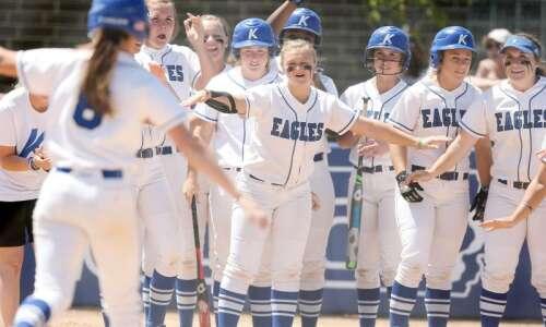 Kirkwood softball sweeps way to national tournament