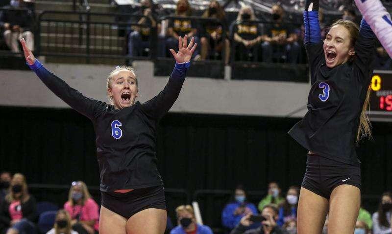 Photos: Dike-New Hartford vs Denver, Iowa Class 2A state volleyball final
