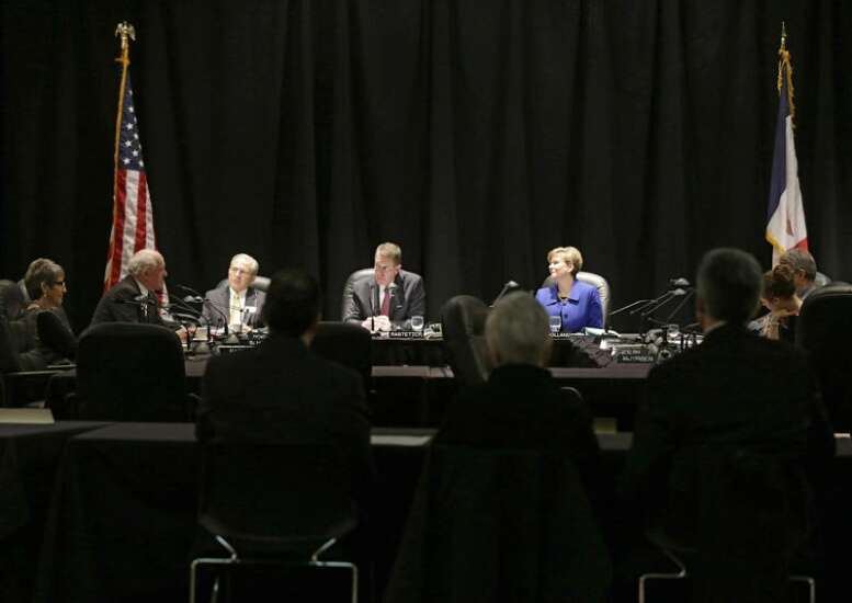 Regents to pay firm $200K for UI president search