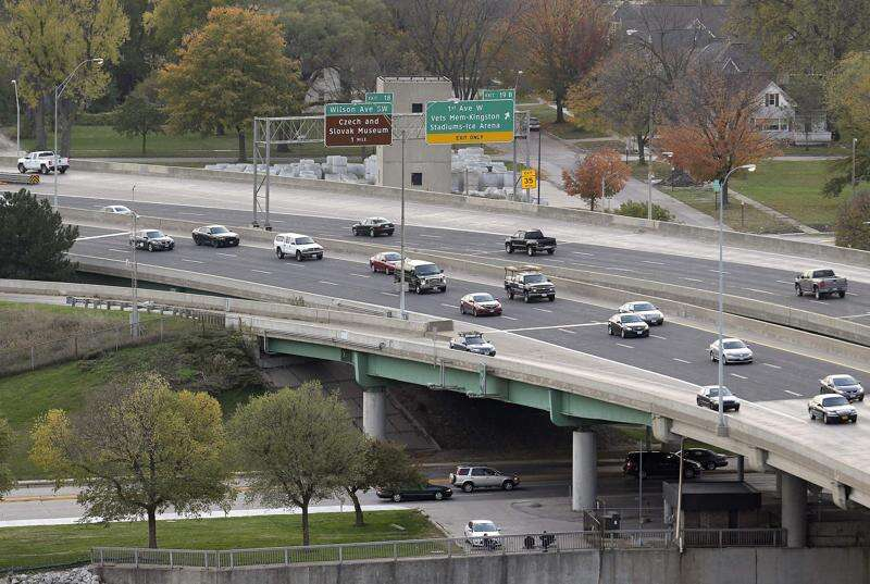 On Cedar Rapids' S-curve, speed is up but crashes aren't