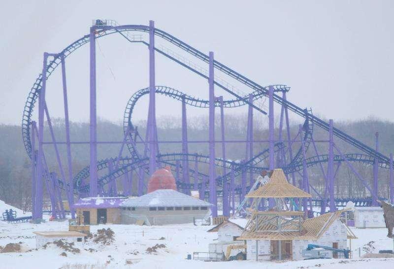 Lost Island Theme Park taking shape in Waterloo