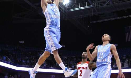 Former Linn-Mar prep Marcus Paige signs 2-way NBA deal with…