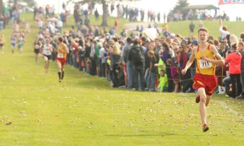 Marion's Jeremy Fopma outlasts teammate for boys' cross country title
