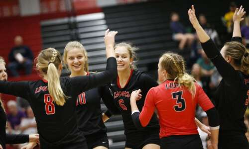 Another Saturday, another title for Linn-Mar volleyball