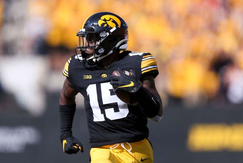 Game Report: Iowa Hawkeyes 30, Kent State Golden Flashes 7