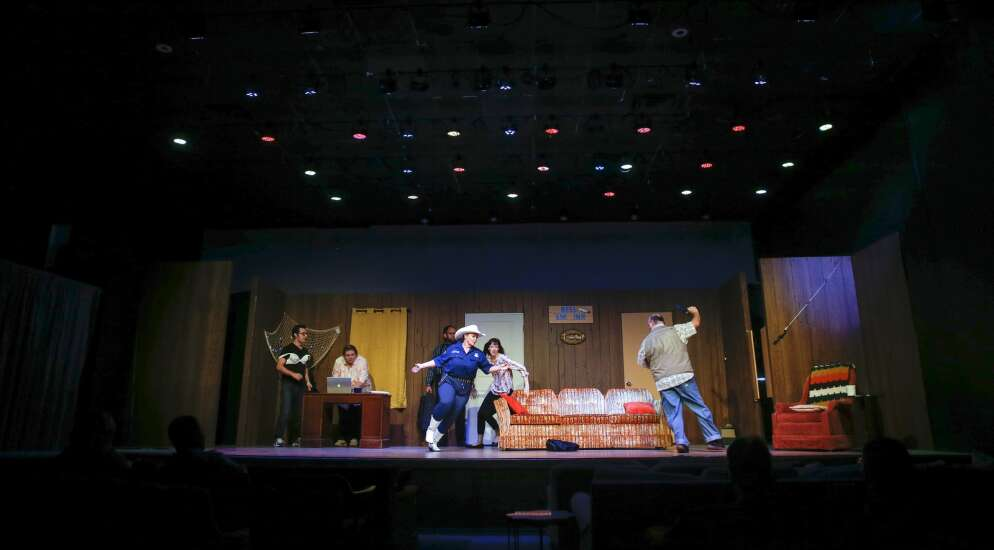 Pandemic grants help the show go on at Iowa arts venues